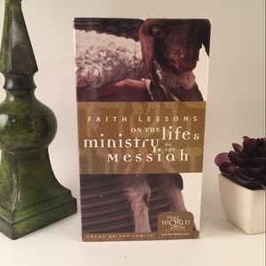 Faith Lessons LIfe &  Ministery of the Messiah VHS